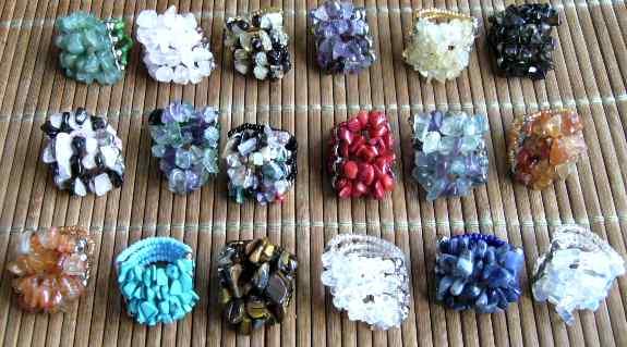 Bagues en pierres semi-précieuses avec élastique