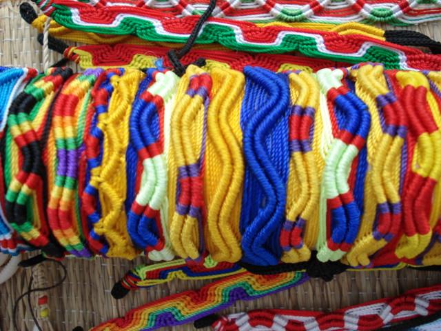 Bracelets artisanat du br sil en noix de coco bois et for Artisanat pernambouc bresil