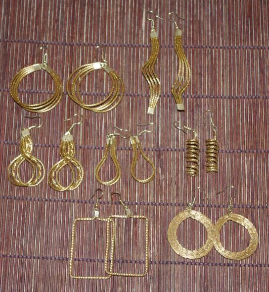 artisanat du br sil en or v g tal capim dourado bijoux sacs main et accessoires objets. Black Bedroom Furniture Sets. Home Design Ideas
